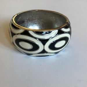 Chunky geometric bangle